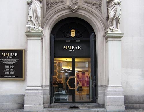 Entrance of the bar of La Monnaie De Munt