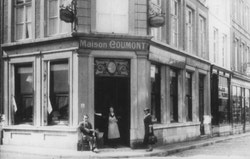 Old black and white picture of Maison Coumont in Brussels