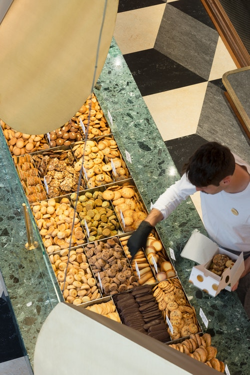 Maison Dandoy biscuits displayed in store